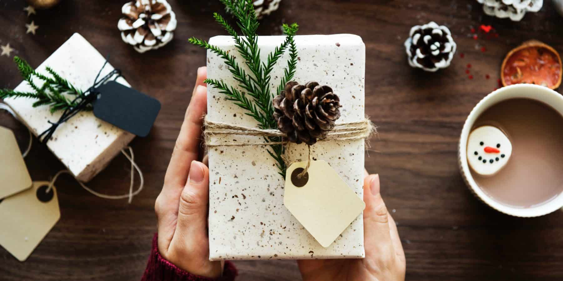 Gift List for every budget and person- Kids, Teens, Parents, Grandparents, Teachers, Boyfriend, Men,, Pets, Health Conscious, Couples, Anniversary, Birthday, Christmas, Wine Loves, DIY,
