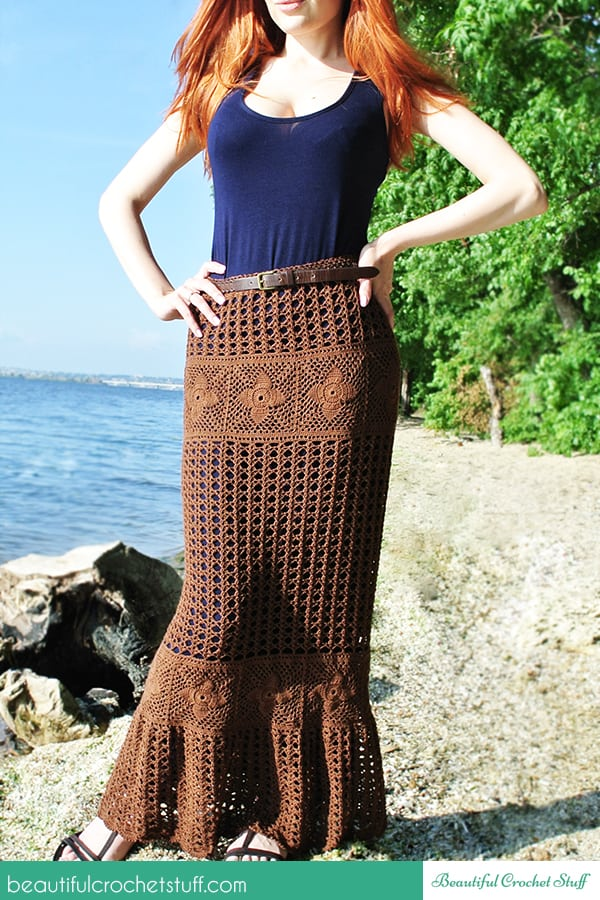 DIY Crochet Boho Maxi Skirt with FREE PATTERN. Cute, trendy outfit for Spring, Summer and even Fall 2019. Also a great gift idea. The best free crotchet patterns and tutorials.