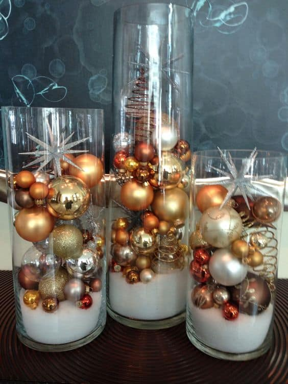 How to make: Easy DIY Christmas Decorations that cost nothing. Elegant Christmas or winter decoration, craft, or wedding centerpiece. Great Budget decor ideas for the home. #Christmas #Wedding #MantleDecorIdea