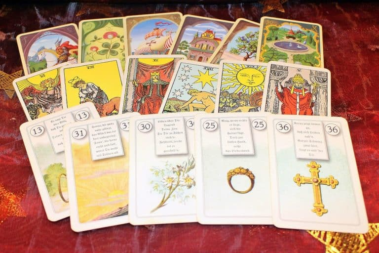 The Top 12 Eerily Accurate YouTube Tarot Readers and Astrologers