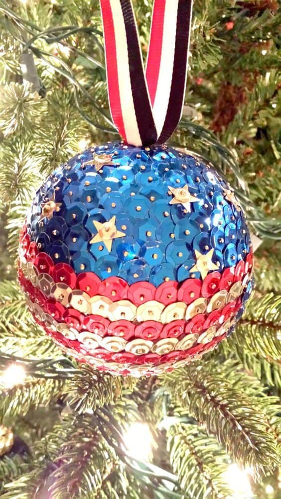 Easy DIY Patriotic Push Pin Christmas Ornament craft, and gift idea. Great for kids, teens, friends, teachers, and parties.