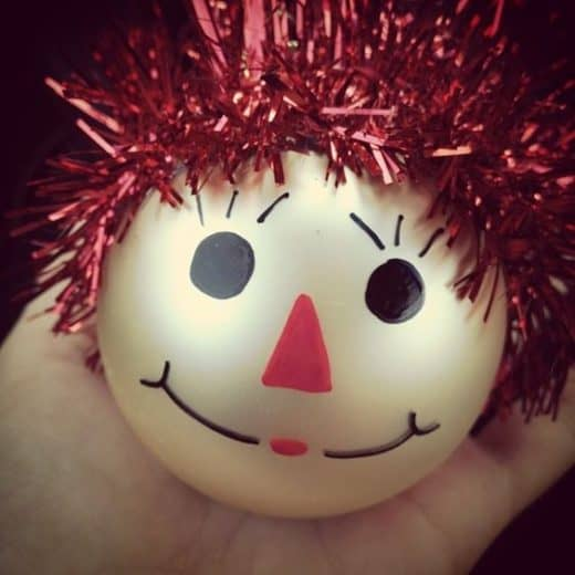 Easy DIY Scarecrow Christmas Ornament craft, and gift idea using Sharpies and tinsel. Great for kids, teens, friends, teachers, and parties.